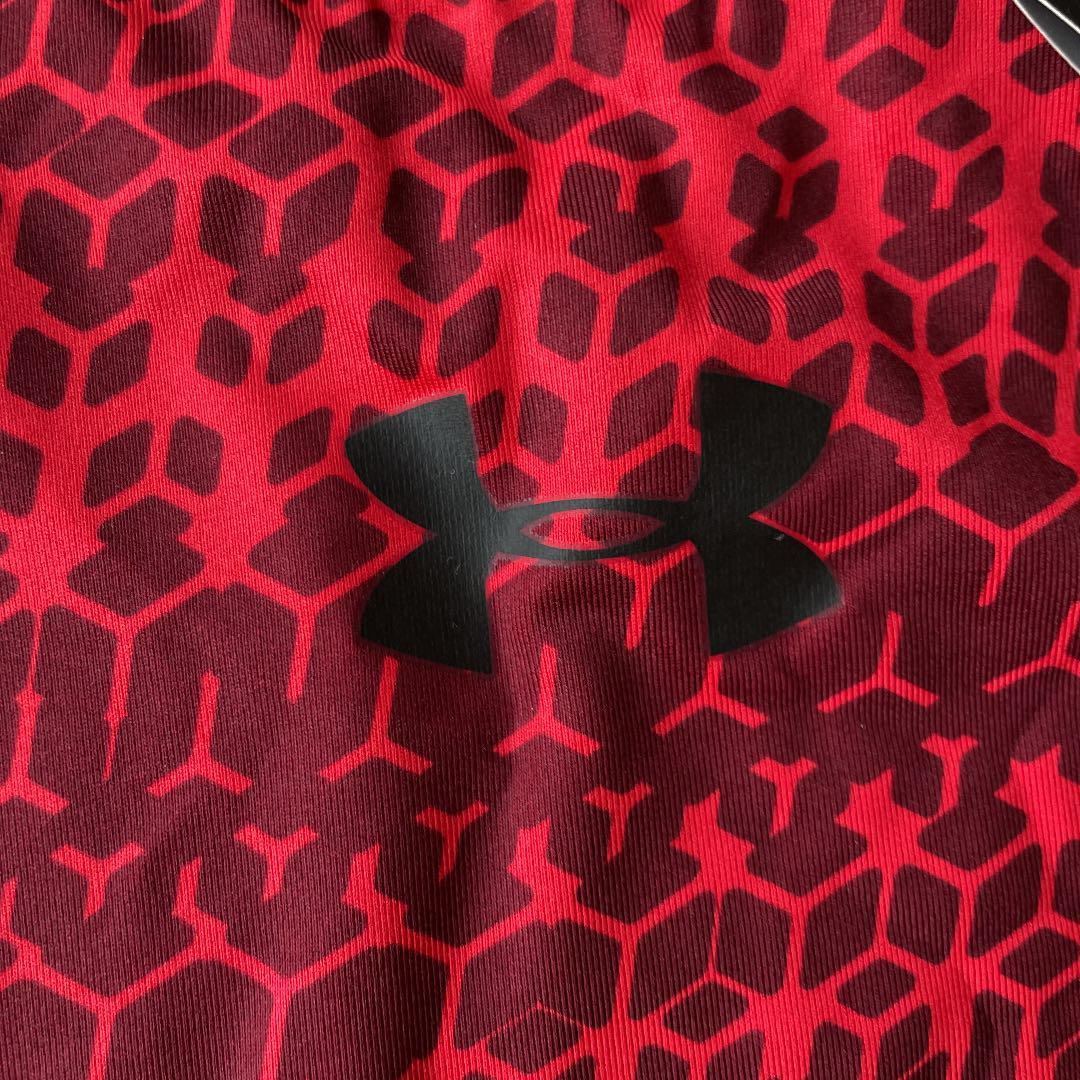 e992db35798 メルカリ - アンダーアーマー ヒートギア 赤 半袖 インナー ...