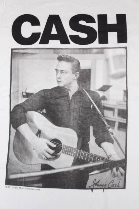 メルカリ - JOHNNY CASH Tシャツ Mサイズ ジョニーキャッシュ 【Tシャツ/カットソー(半袖/袖なし)】 (¥1,500) 中古や未使用のフリマ