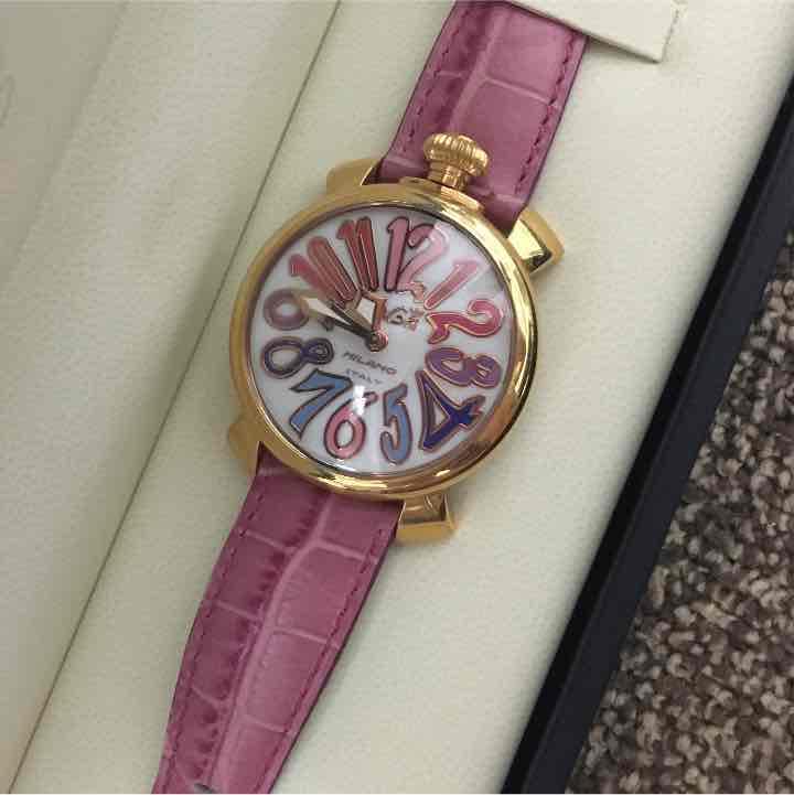 best service d19a2 f3285 ガガミラノ腕時計 ピンク(¥44,000) - メルカリ スマホでかんたん フリマアプリ