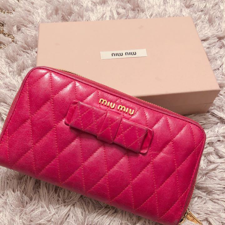 wholesale dealer b7295 35d38 miumiu ミュウミュウ 長財布 リボン(¥15,500) - メルカリ スマホでかんたん フリマアプリ