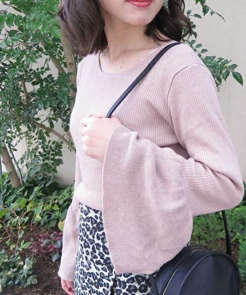 76a298d0fcf メルカリ - フーズフーチコ ベルスリーブニット 【ニット/セーター ...