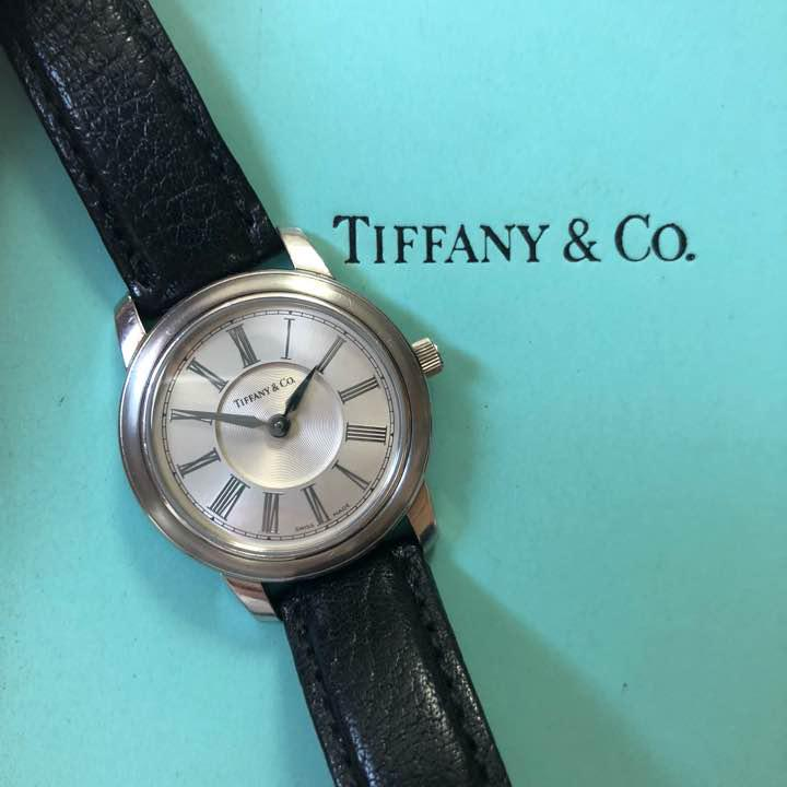 newest 396cf cc77e ティファニー 時計 レディース マークラウンド Tiffany 腕時計(¥35,000) - メルカリ スマホでかんたん フリマアプリ