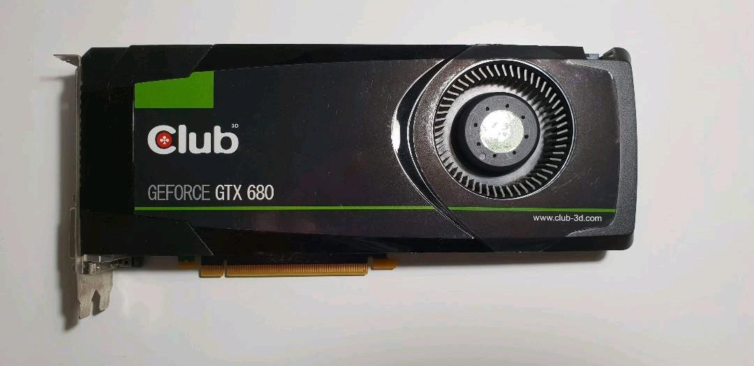 Club 3D製GeForce GTX 680 4GB