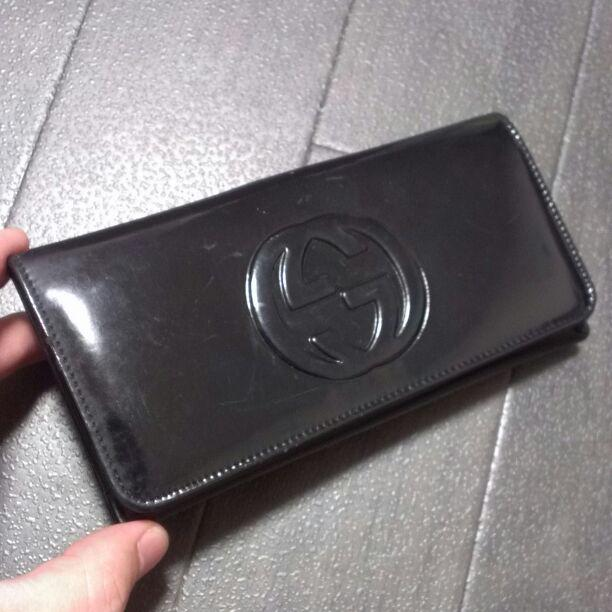 detailed look 9bb70 5455e グッチ財布パテントGUCCIエナメル鞄レザー長財布CHANELやPRADA好きに(¥4,900) - メルカリ スマホでかんたん フリマアプリ