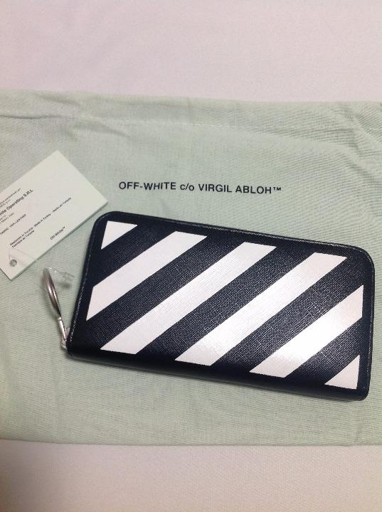 official photos c78d0 3f686 【正規品】OFF-WHITE オフホワイト ストライプ ロゴ レザー 長財布(¥32,000) - メルカリ スマホでかんたん フリマアプリ