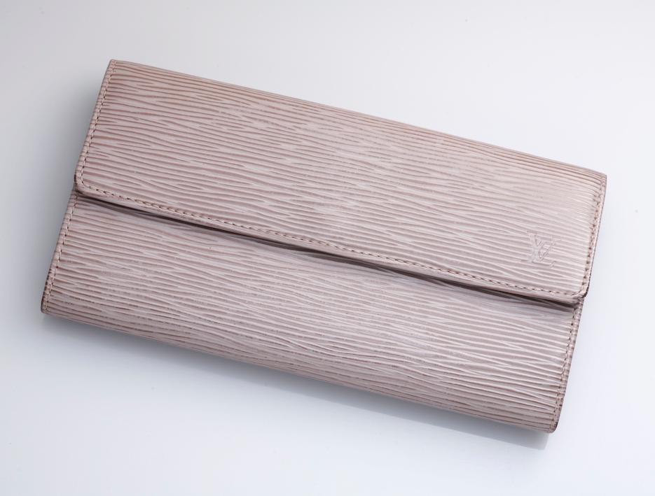 online store c9893 49d39 H6270M 本物 SPAIN製 ヴィトン エピ 本革 サラ 二つ折 長財布(¥16,800) - メルカリ スマホでかんたん フリマアプリ