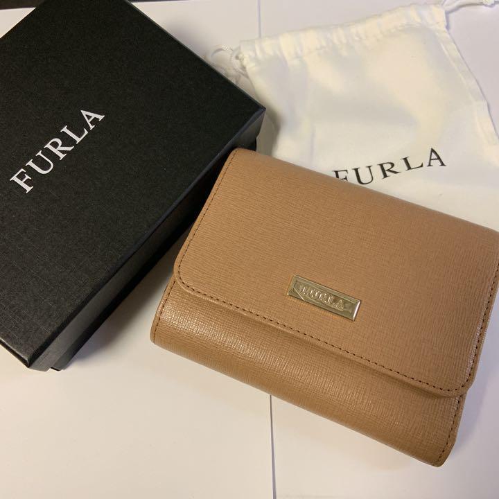 uk availability 4008f 5b30a 新品FURLA フルラ 財布 レディース三つ折り レザー ブランド(¥13,900) - メルカリ スマホでかんたん フリマアプリ