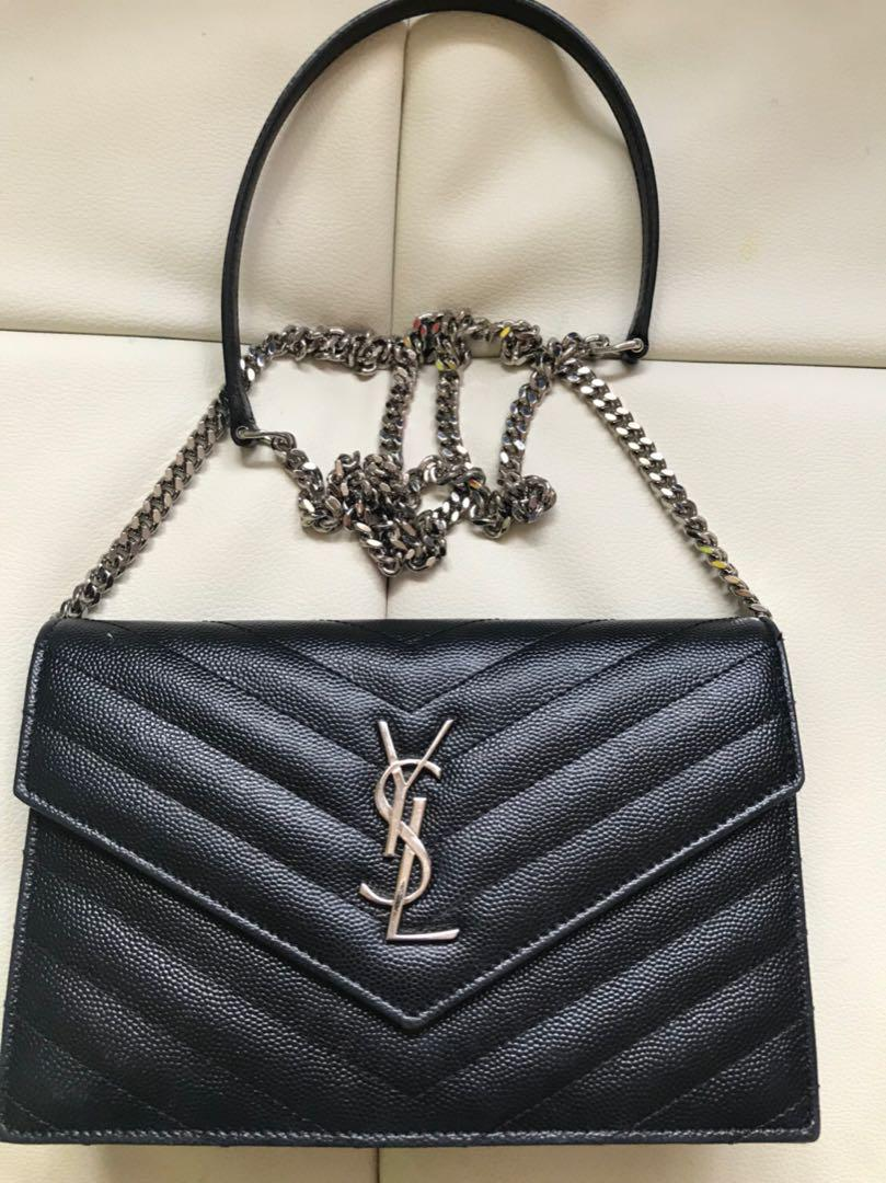 newest e861f 8be19 YSL ショルダーバッグ