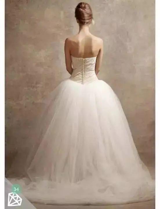 メルカリ - ウエディングドレス ホワイトバイヴェラウォン バレリーナ ...