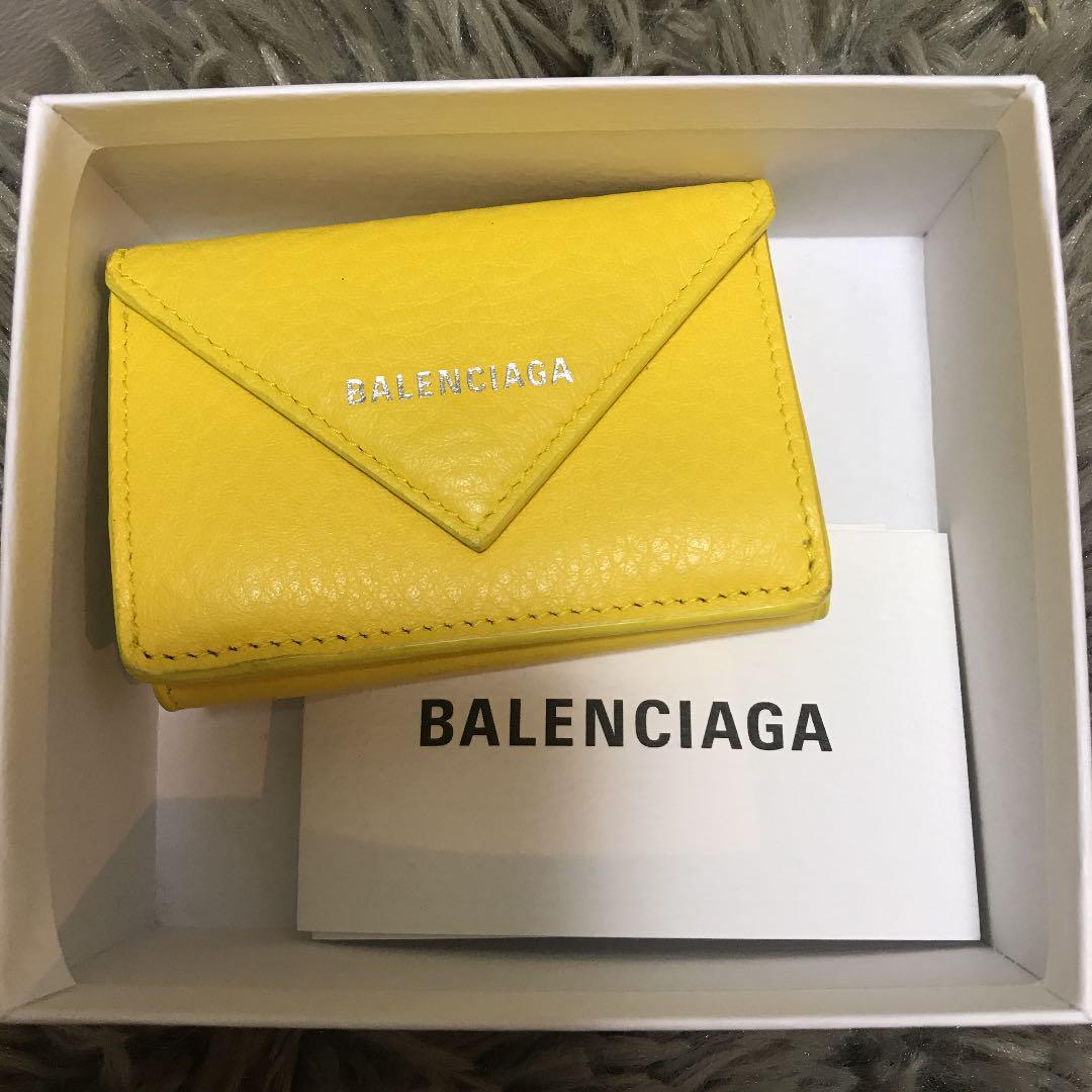 low cost 90318 ffe77 バレンシアガ ペーパーウォレット 黄色 財布(¥32,500) - メルカリ スマホでかんたん フリマアプリ