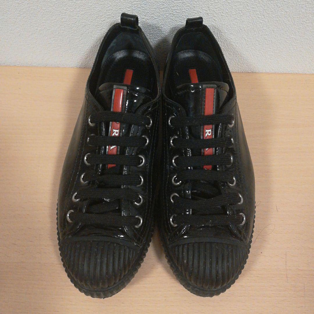 PRADA 靴 スニーカー エナメル(¥6,000) , メルカリ スマホでかんたん フリマアプリ