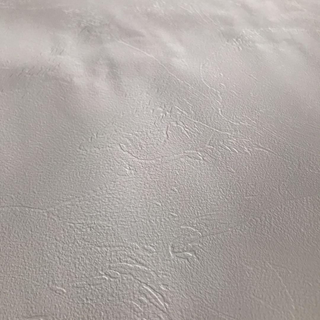 メルカリ リリカラ 塗り壁風 ノリなし壁紙 端切れ インテリア 住まい 小物 350 中古や未使用のフリマ