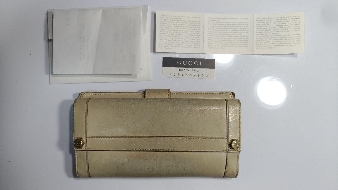 finest selection 977cc b0b23 GUCCI グッチ 長財布 正規品 白 程度並 人気の商品 高級感(¥1,980) - メルカリ スマホでかんたん フリマアプリ
