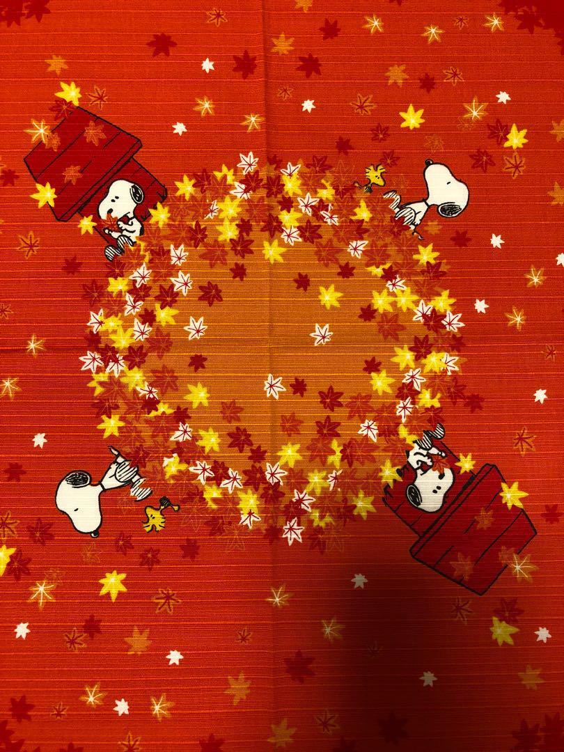 メルカリ スヌーピー 秋の紅葉柄 和風呂敷 日用品 生活雑貨