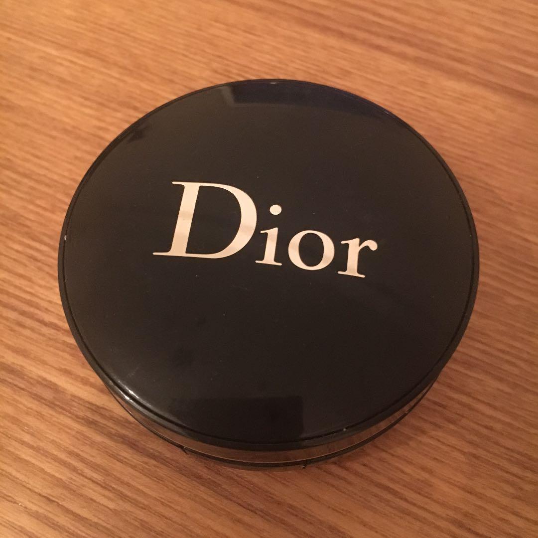 on sale a383d 8e56f Dior ディオール クッションファンデ ケースのみ(¥1,000) - メルカリ スマホでかんたん フリマアプリ
