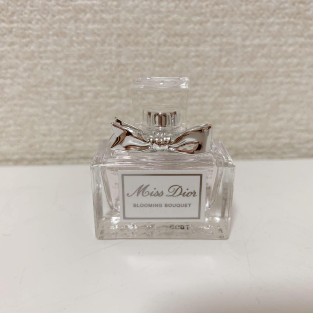 on sale b0b02 cee8a Dior 香水 ミスディオール ミニサイズ♡新品(¥1,500) - メルカリ スマホでかんたん フリマアプリ