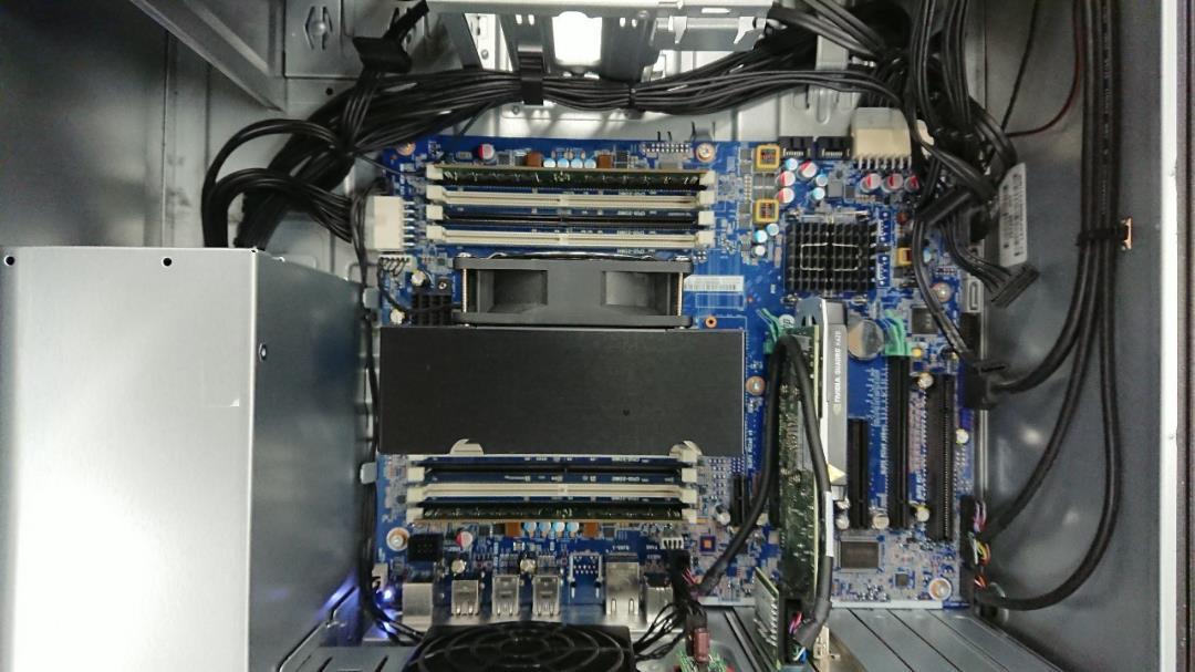 (D05C03)デスクトップ hp Z440 Workstation(¥ 30,000) - メルカリ スマホでかんたん フリマアプリ