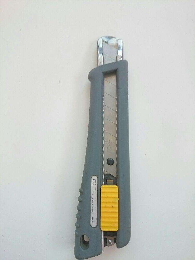 メルカリ オルファ カッターナイフ 大サイズ はさみ カッター
