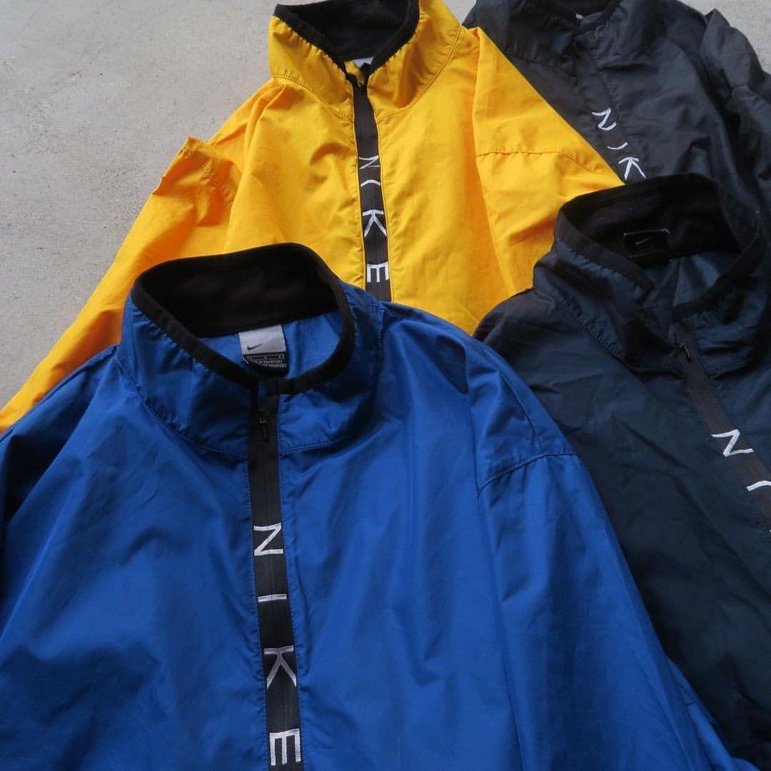 4e68e729dddd メルカリ - NIKE ZIP Logo Pullover ナイロン ハーフジップ  ナイロン ...