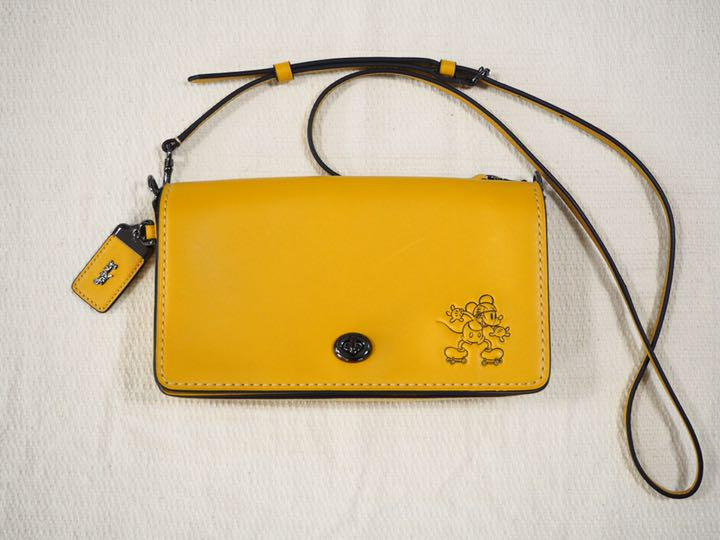 detailed look b903f fc6ca coach コーチ ディズニー ショルダーバッグ コラボ 財布 小さなキズあり(¥10,000) - メルカリ スマホでかんたん フリマアプリ