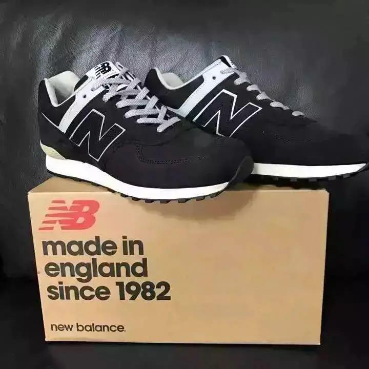 548b407719a38 メルカリ - 新品 定価28080円 New balance ニューバランス 576 NLI ...