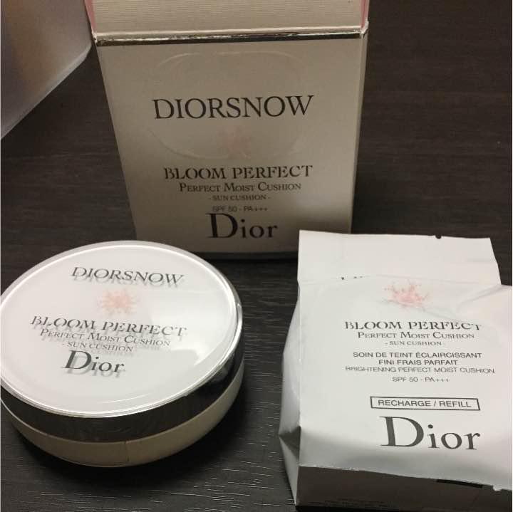 size 40 d6e92 09170 Dior ディオール スノー ブルーム パーフェクト サン クッション(¥ 4,200) - メルカリ スマホでかんたん フリマアプリ