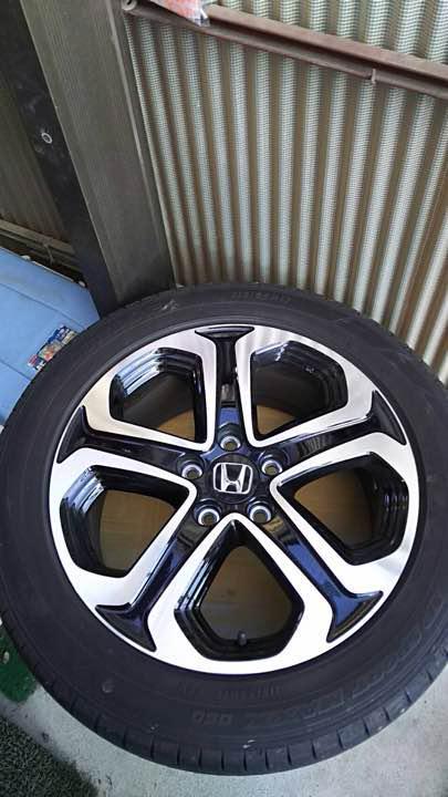 ホンダ/ ヴェゼル/ハイブリッドZの純正タイヤ、ホイールセット