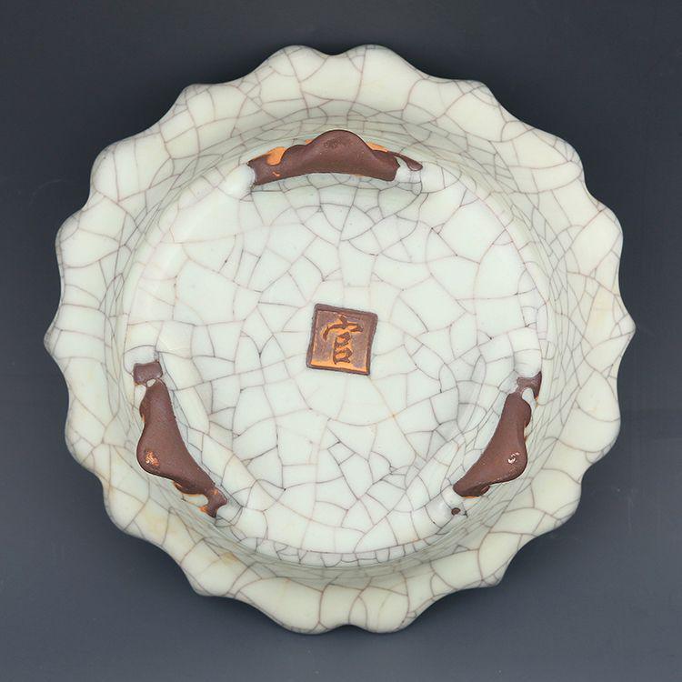 宋王朝の公式窯空セラドン釉薬アンティーク磁器