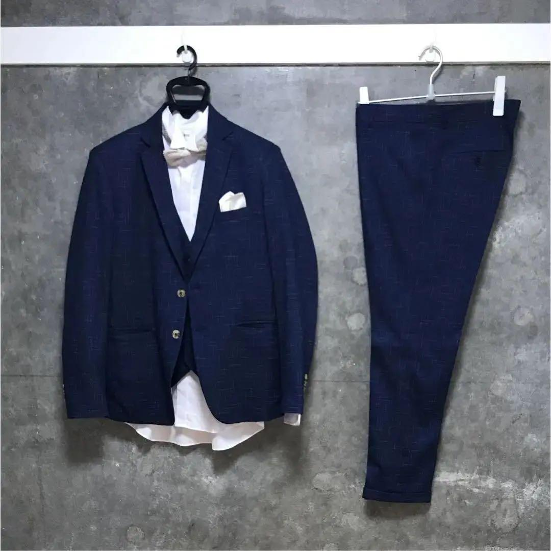 05f501d788042 メルカリ - 結婚式 二次会 新郎 3ピーススーツ シャツ 蝶タイ チーフ ...