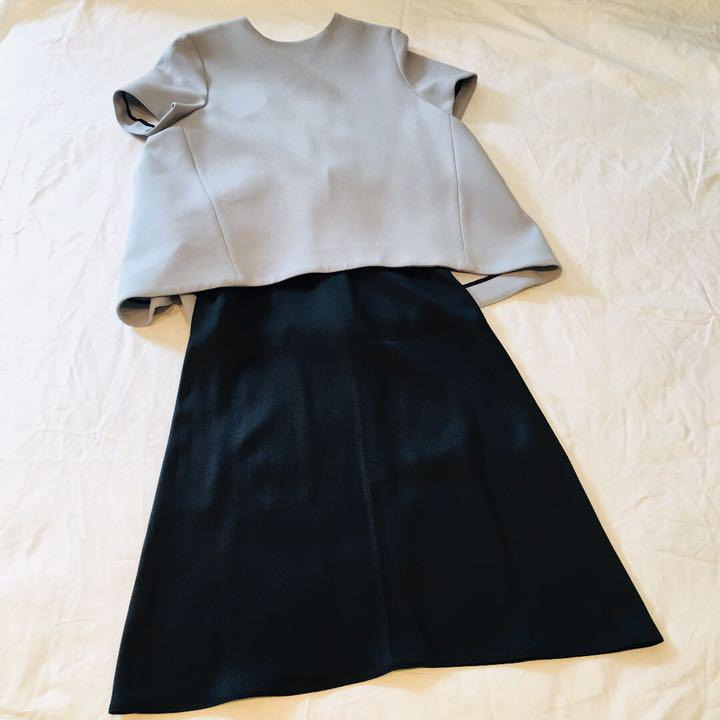 6dd45cd63a20 メルカリ - 【miku 】CELINE セリーヌ シルクサテンスカート 34 【ひざ丈 ...