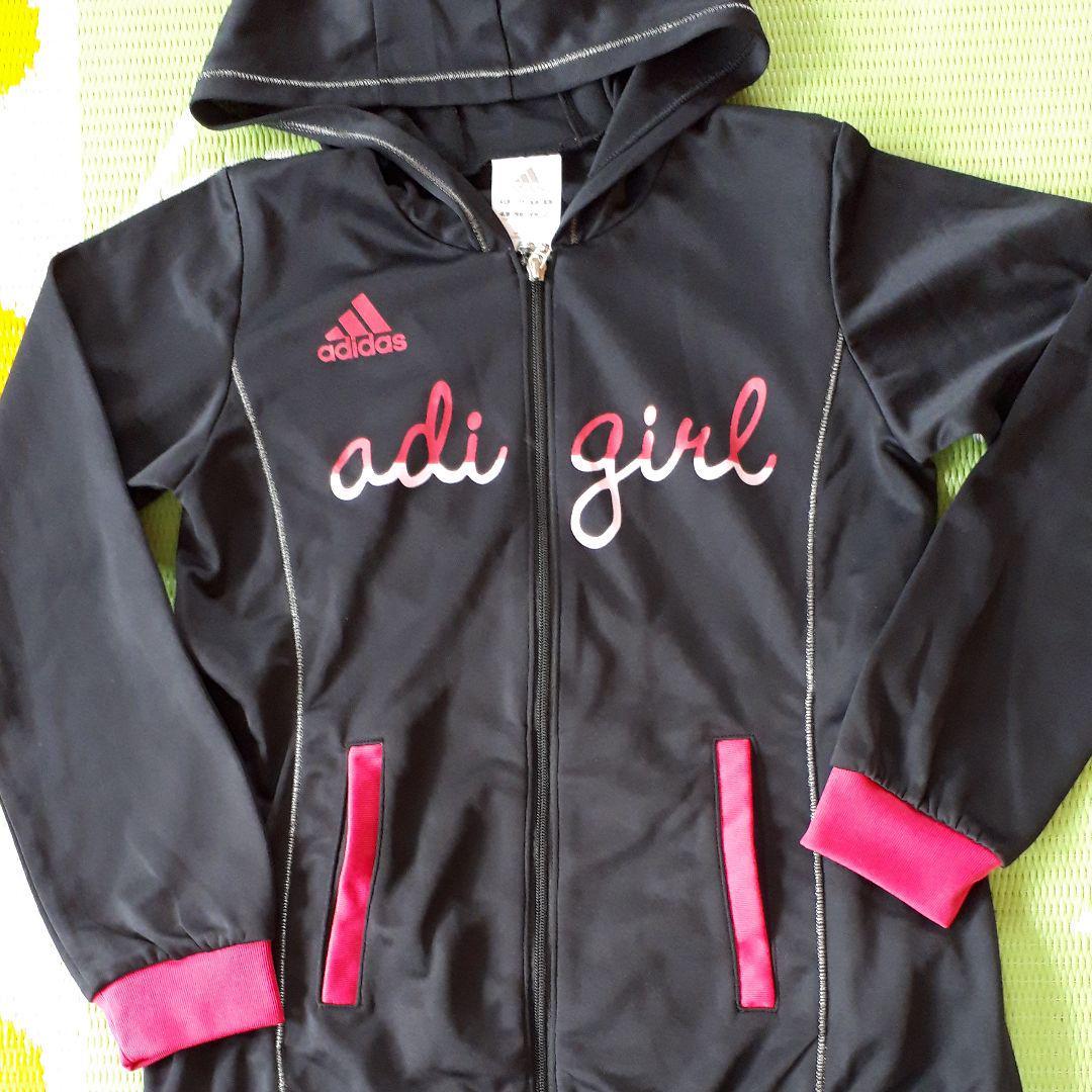 afe9442300d8b メルカリ - アディダス女の子ジャージ130美品  ジャケット 上着 ...