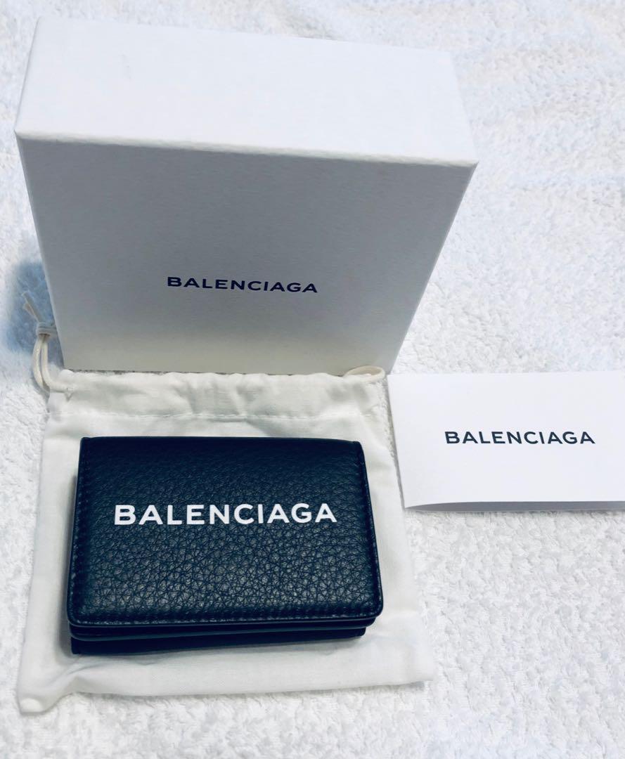 info for 53b8e 041d4 バレンシアガ三つ折りミニ財布(¥44,000) - メルカリ スマホでかんたん フリマアプリ