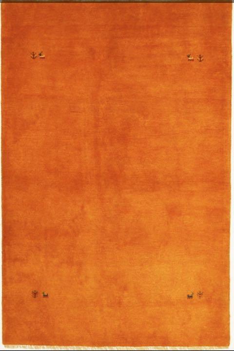 本場ペルシャギャッベ・手織り手紡ぎ・リビングサイズ138cm×212cm