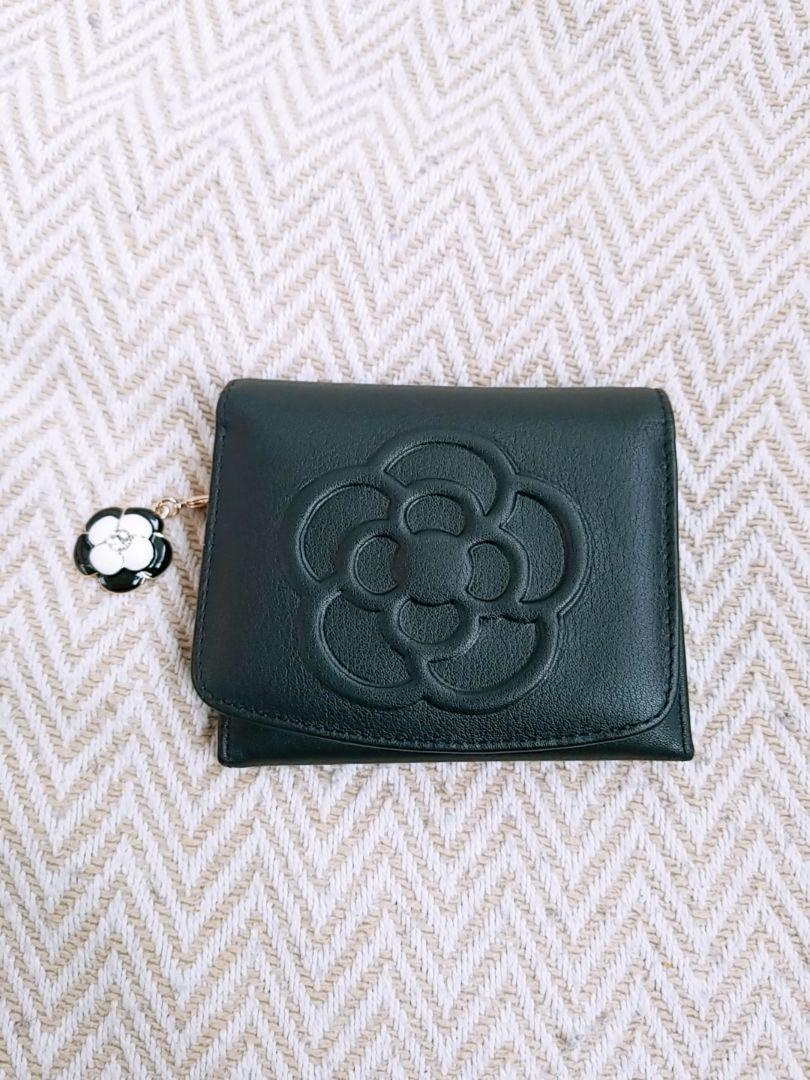 online store 57d06 3fe7e CLATHAS 財布 牛革 ブラック 二つ折り財布 クレイサス(¥6,100) - メルカリ スマホでかんたん フリマアプリ