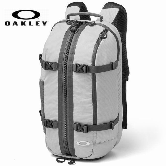 393cc209fdc5 メルカリ - 新品 OAKLEY オークリー バックパック リュック デイパック ...
