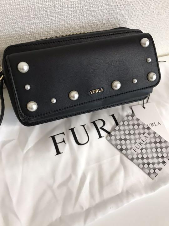 on sale 0797b 24a1d フルラ FURLA ショルダーバッグ ウォレット(¥9,300) - メルカリ スマホでかんたん フリマアプリ