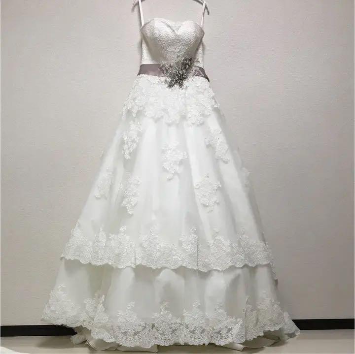5ebfa6a570294 メルカリ - YNSウェディングドレス パニエ付き (¥16