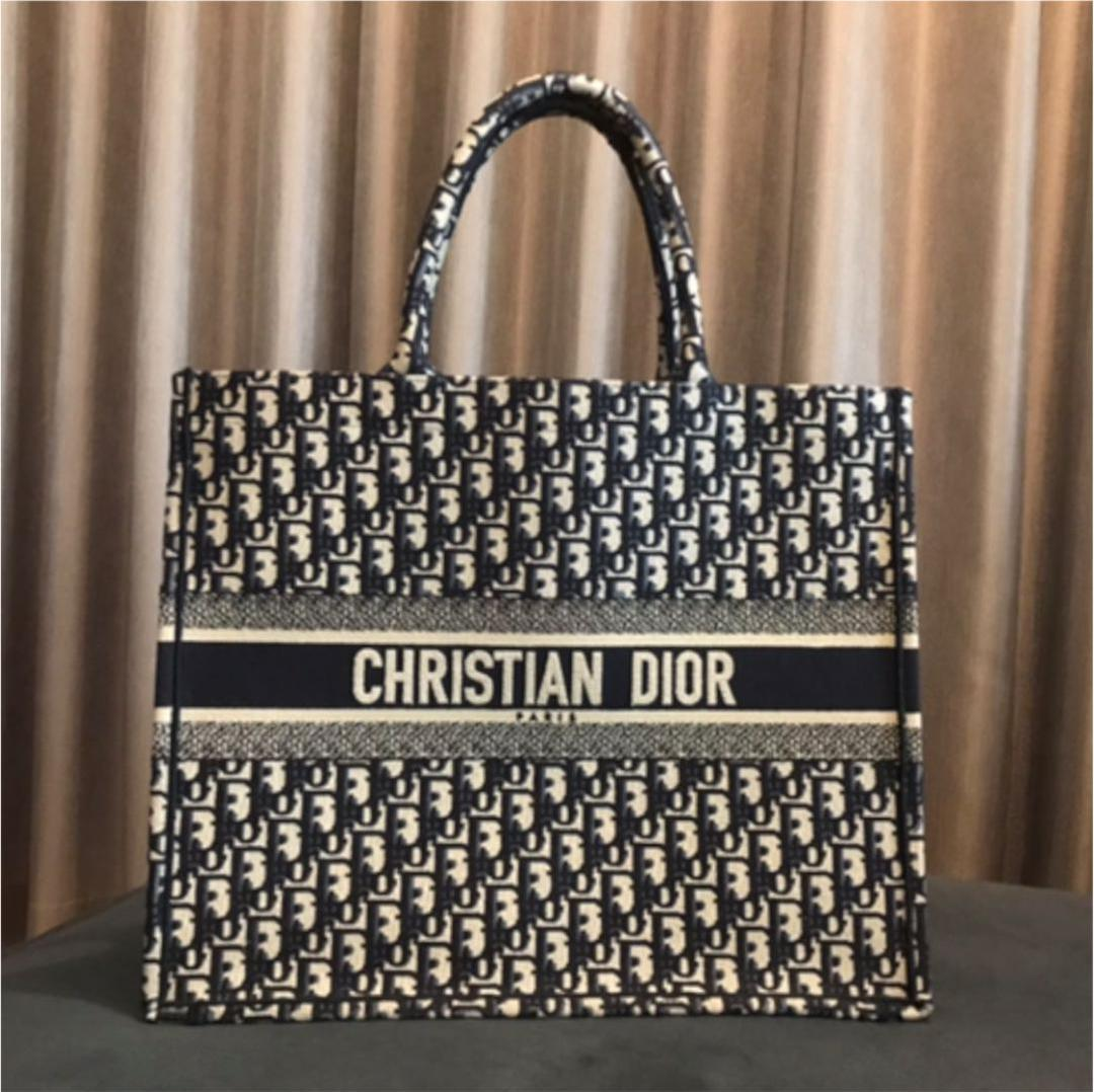 new concept db9db 2e93b Christian Dior ブックトート(¥255,000) - メルカリ スマホでかんたん フリマアプリ