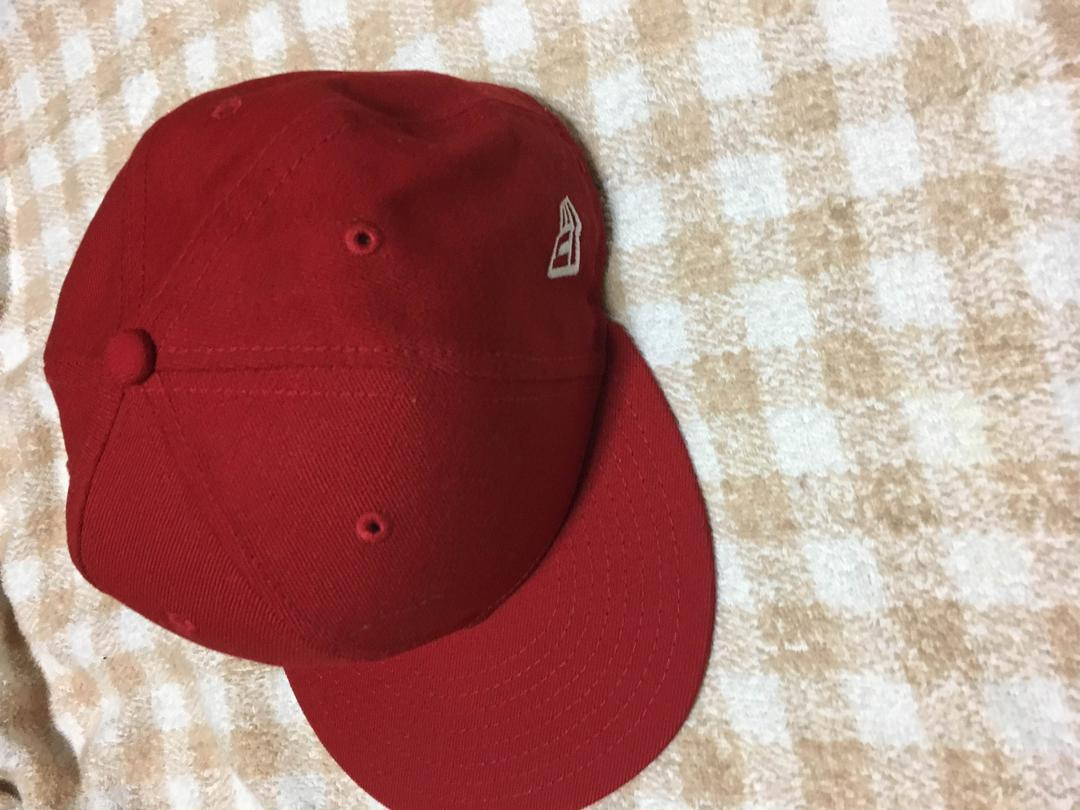 34028130e7a81 メルカリ - ニューエラ キャップ 赤 無地 55〜57 帽子 (¥1,500) 中古や未 ...