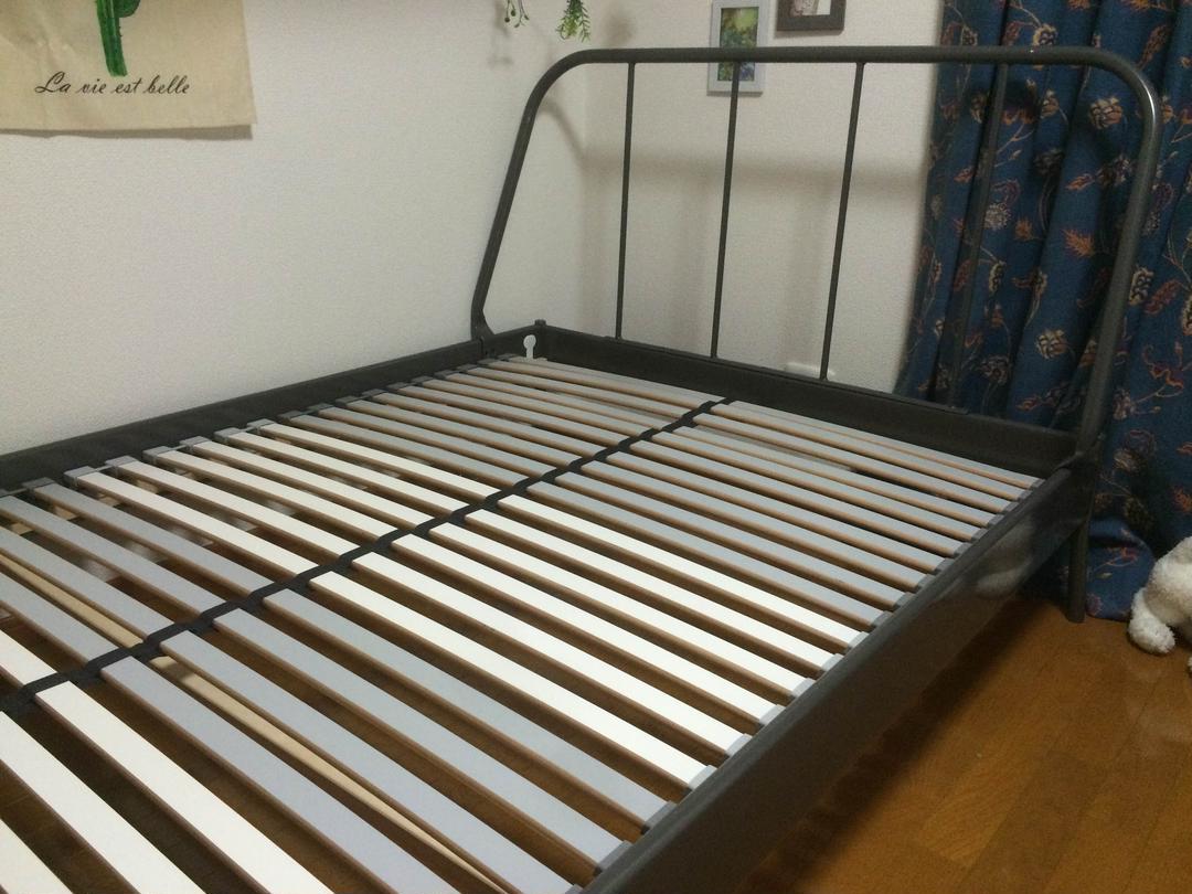 イケア ベッド フレーム