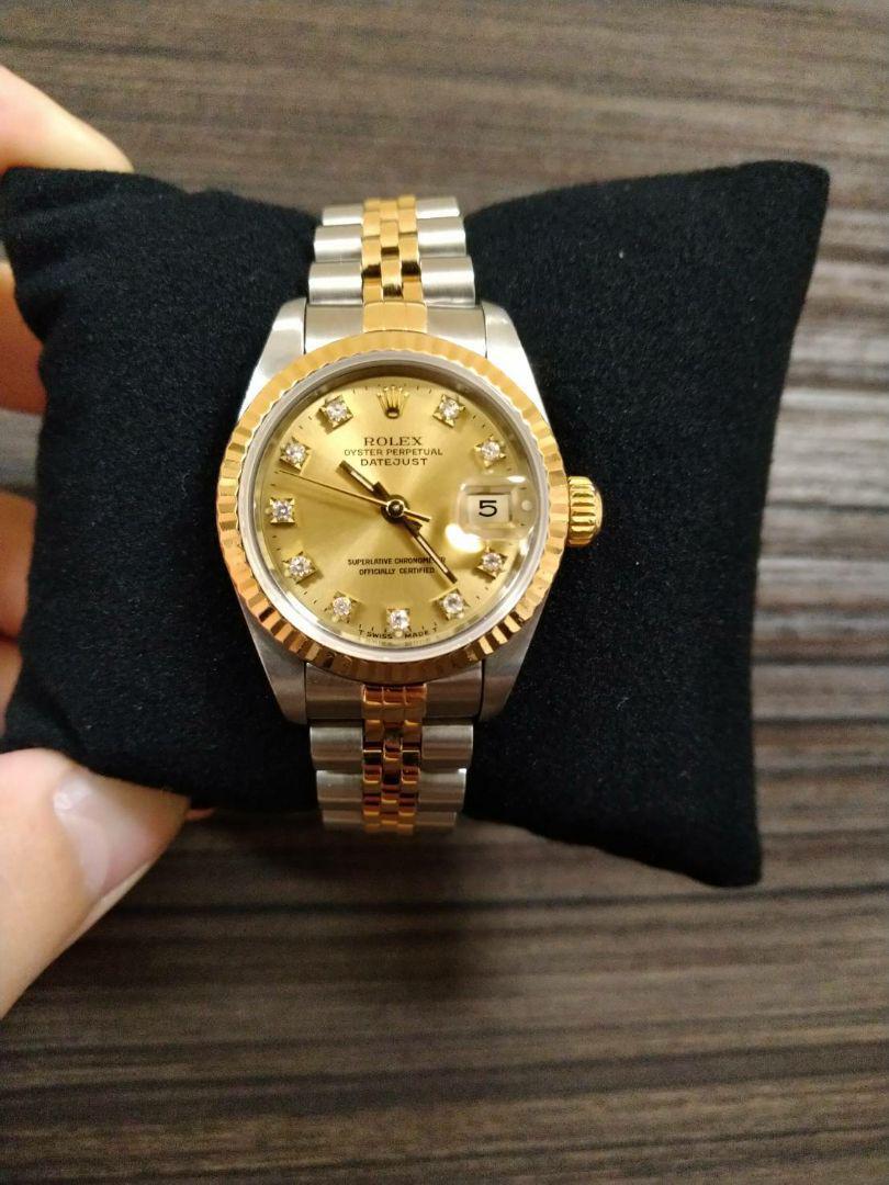 sports shoes 95ad4 0205d ロレックスROLEX デイトジャスト 腕時計 レディース ダイヤ ゴールド 金(¥398,000) - メルカリ スマホでかんたん フリマアプリ