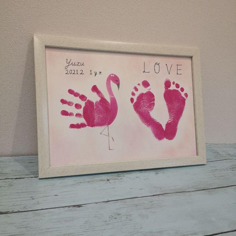 手形 アート フラミンゴ