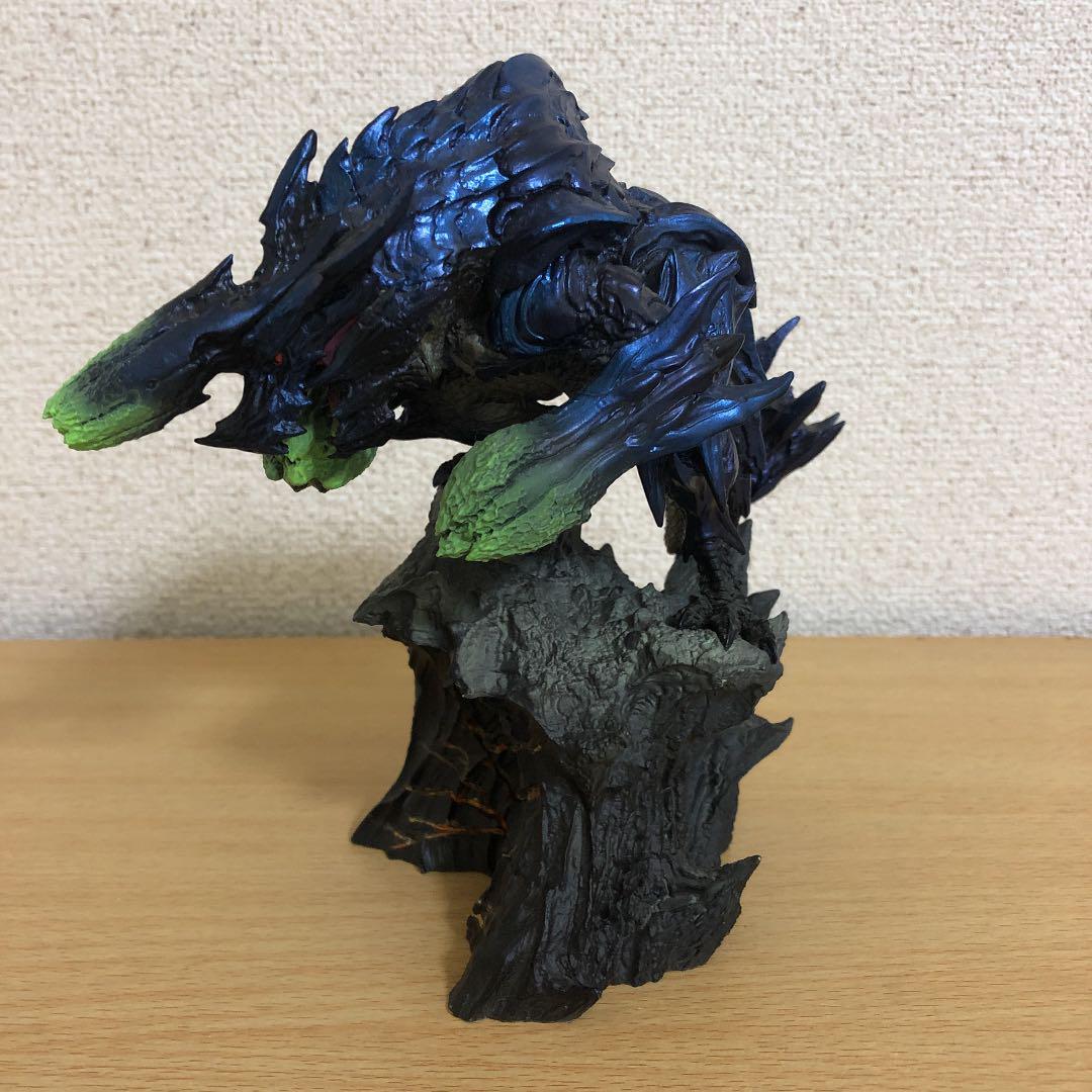 モンハン 砕竜 ブラキディオス フィギュア 箱なし(¥13,000) メルカリ スマホでかんたん フリマアプリ
