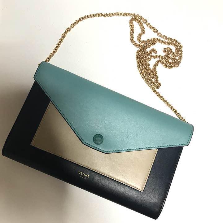 222013ae0c73 メルカリ - celine セリーヌ チェーンウォレット 【長財布】 (¥35,000 ...
