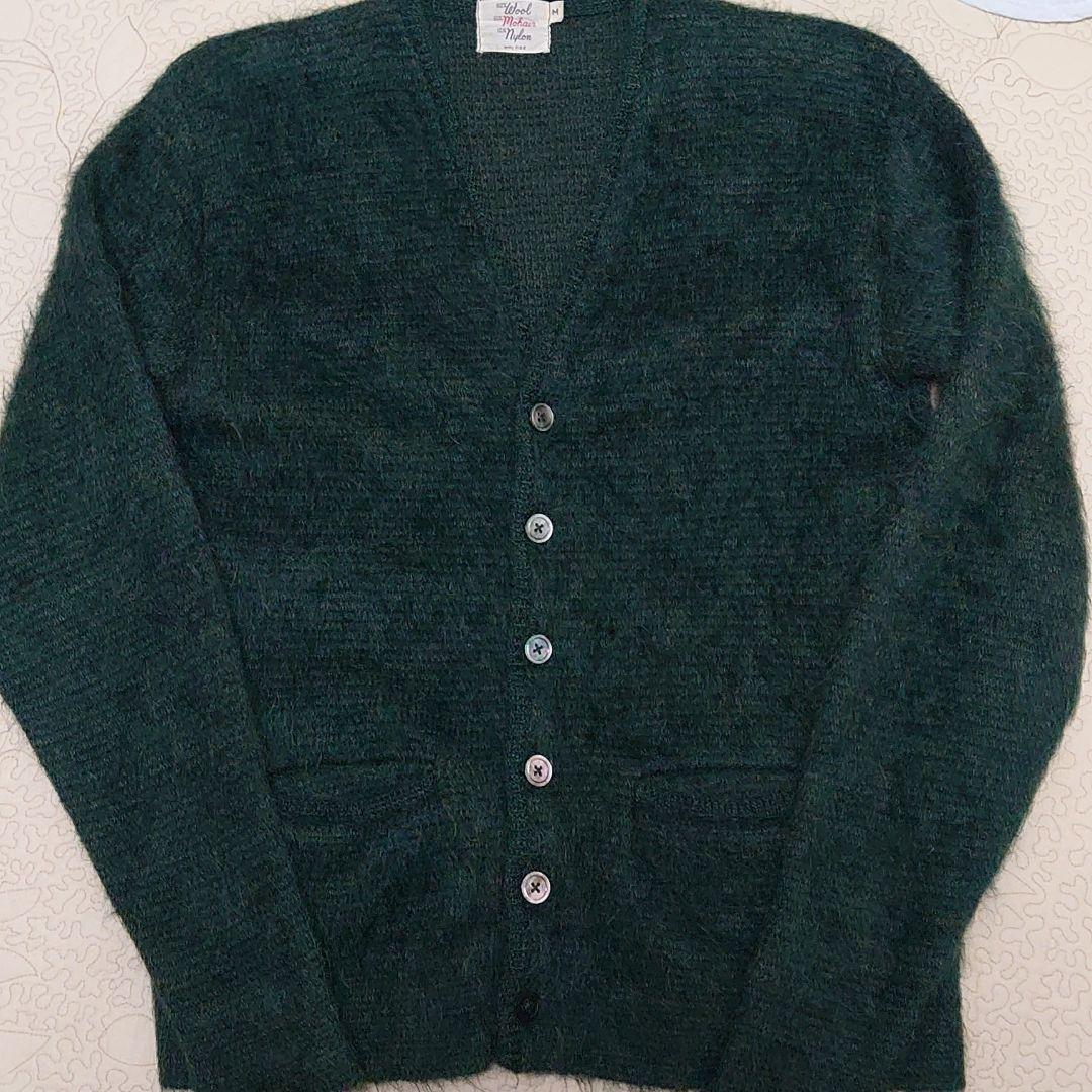 カーディガン カート コバーン 「グランジは燃え尽きた」古着を愛したカートコバーンが次世代に遺したかったもの 古着、古着通販