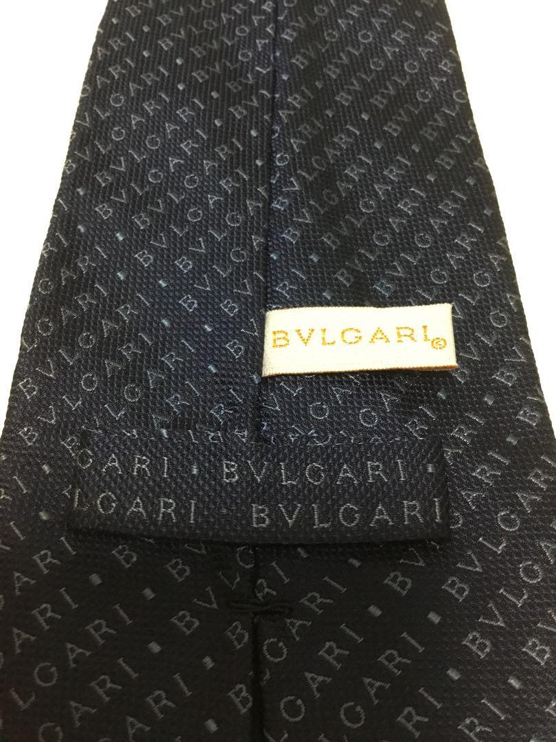 bbec192543a5 メルカリ - ブルガリ(BVLGARI)ネイビーブランドロゴデザインネクタイ ...