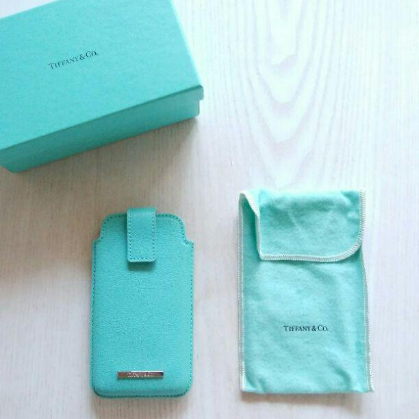 low priced cbfa1 d58f7 ティファニー携帯ケース(¥2,800) - メルカリ スマホでかんたん フリマアプリ