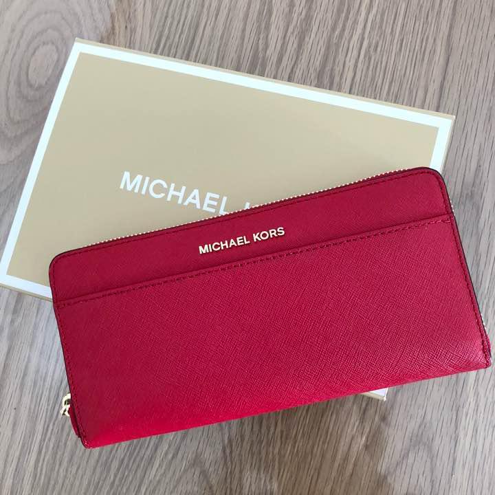 wholesale dealer f3969 dac20 【2日間限定値下げ】マイケルコース 赤 長財布 新品未使用(¥15,000) - メルカリ スマホでかんたん フリマアプリ