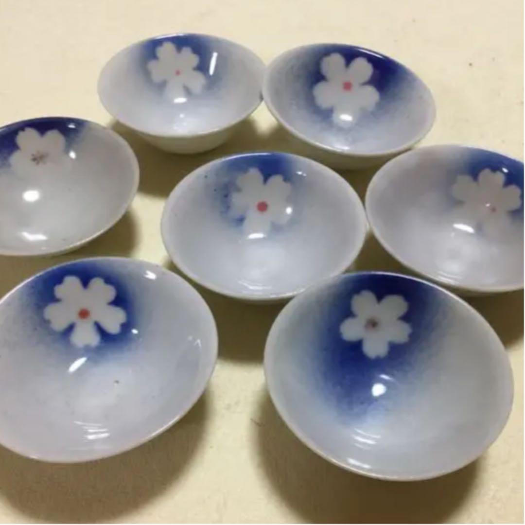 メルカリ - 水杯(みずさかずき)用 アンティーク 杯 7個 【おもちゃ ...