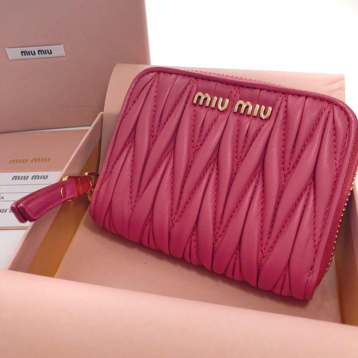 sale retailer d4148 18966 miumiu ミニ財布 マテラッセ(¥25,400) - メルカリ スマホでかんたん フリマアプリ